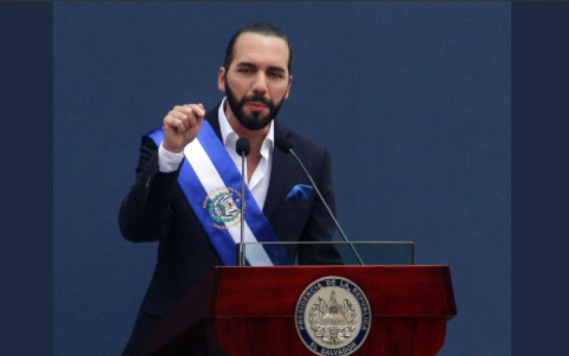 Nayib Bukele toma posesión como presidente de El Salvador y llama a la unidad y al trabajo