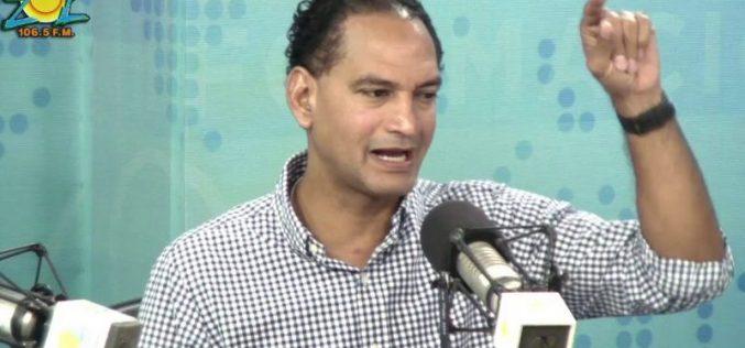 José Laluz le pide a Danilo que lo tome en cuenta como opción de «sangre nueva» para competir con Leonel