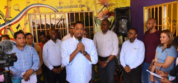 El Boli está en campaña «full» tras su candidatura a diputado en Santo Domingo Este