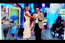 (Video) Andrés Navarro «dao al pecao» bailando «ripiao» con la conductora de tv Caroline Aquino