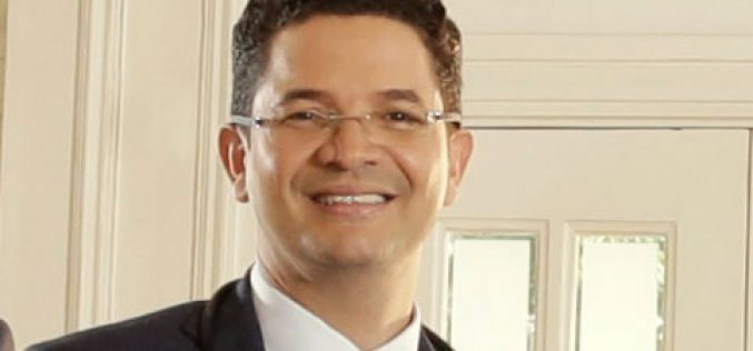 (Video) ¿Deportólogo…? Sí, el doctor Richard Marine, nutriólogo, también es deportólogo…
