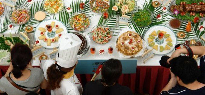 La 101 Feria de Alimentos y Bebidas de China se está desarrollando en Tianjin