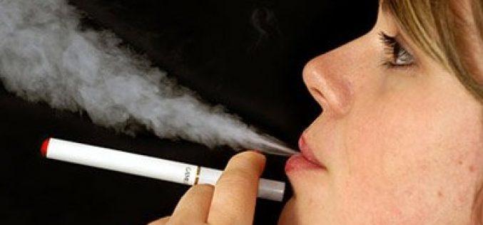 EEUU registra 18 muertes y 1,080 casos de daño pulmonar por fumar cigarros electrónicos