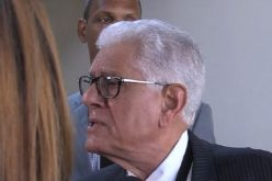 (Video) Doctor Roberto Saladín presenta renuncia irrevocable como miembro pleno Junta Central Electoral