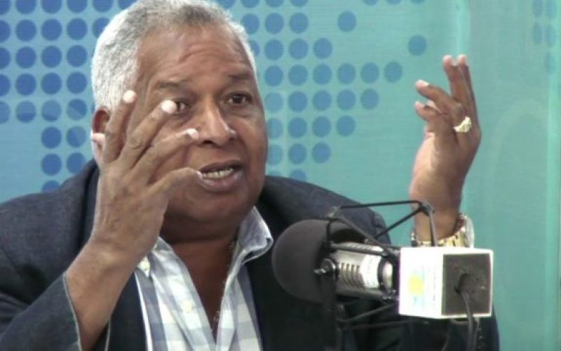 (Video) Melton Pineda presenta excusas a mujeres dominicanas por sus expresiones sobre los tatuajes en sus cuerpos