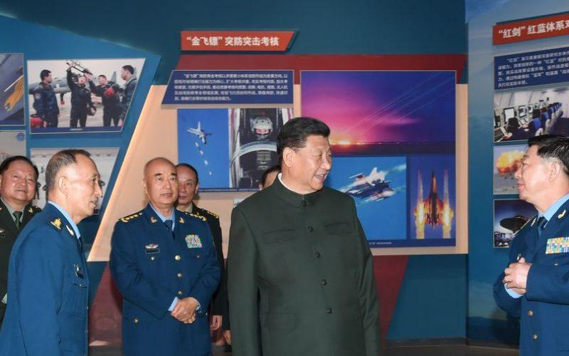 Xi Jinping, presidente de China, quiere que su Fuerza Aérea sea de categoría mundial