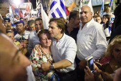Candidato opositor de Uruguay, Luis Lacalle, se sabe ganador de elecciones, pero lamenta que el oficialista Martínez no lo reconozca