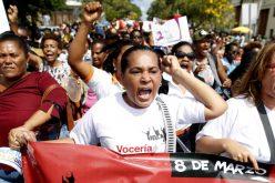 Mujer dominicana en el 2020 tú eliges quien dirige los destinos de nuestro país; recuerda votar por quien respeta tus derechos y propicia tu desarrollo