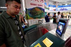 Ciudad china comienza a usar reconocimiento facial para cobrar pasajes en estaciones del metro