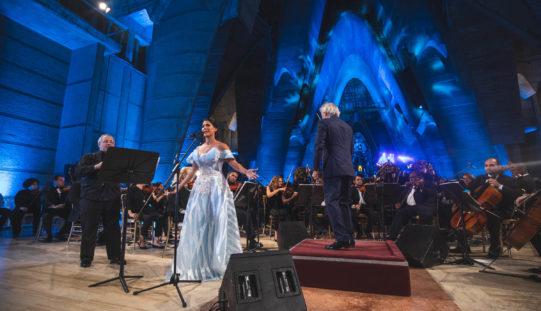 Soprano dominicana Nathalie Peña-Comas sigue con su proyección internacional; actuará en Rumanía y Austria este 2020