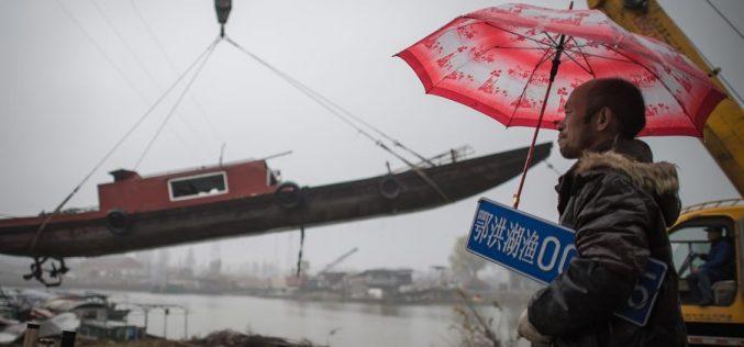 En China prohíben por 10 años pesca en su río más largo para proteger la biodiversidad
