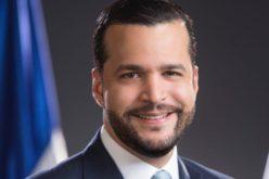 Rafael Paz ve indignante vallas de candidatos de oposición en tiempos del coronavirus; las de candidatos del partido oficial, no lo indignan