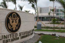 Embajada EEUU y FUNDOMAIN suplirán indumentaria médica a personal de salud de RD a propósito de la pandemia