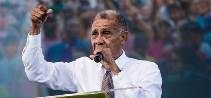 (Video) Pastor Ezequiel Molina preocupado porque elecciones serán por estrecho margen y habrá candidatos que no aceptarán que perdieron
