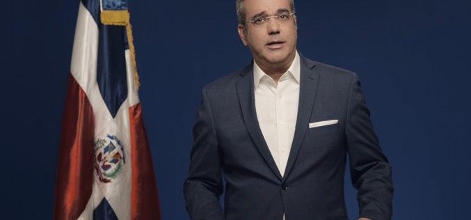 Valdez Albizu confirmado en Banco Central; Jochi Vicente ministro Hacienda; Ceara Hatton Economía; Fernández W. Superintendente Bancos, adelanta Luis Abinader