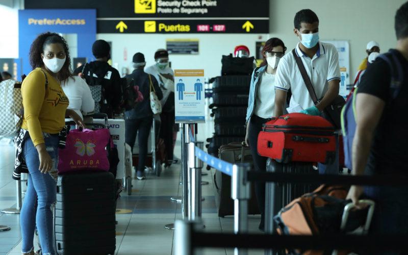 Dominicanos que se encontraban varados en Panamá retornan a su tierra por gestión de embajada