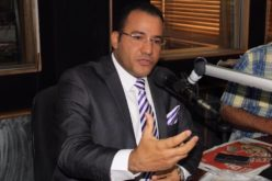 Declaran al periodista Salvador Holguín «Embajador de Dajabón» por labor social que viene desarrollando