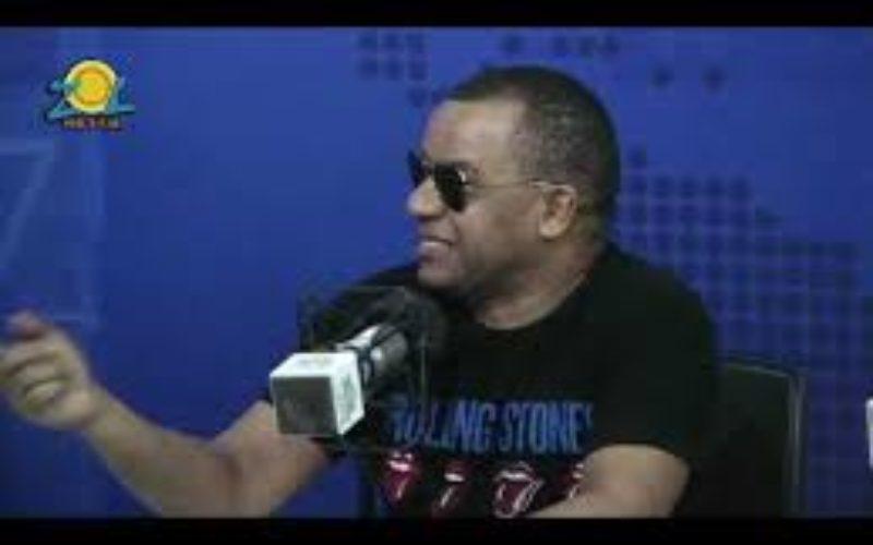 Vidal Cedeño «bautiza» al presentador Albert Mena como «El Romeo Santos de la Comunicación Dominicana»; lo lleva a NY a inauguración de su supermercado
