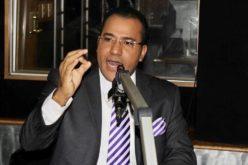 Periodista Salvador Holguín en defensa de colegas que «se la jugron» para hacer posible que el presidente Abinader llegara al poder