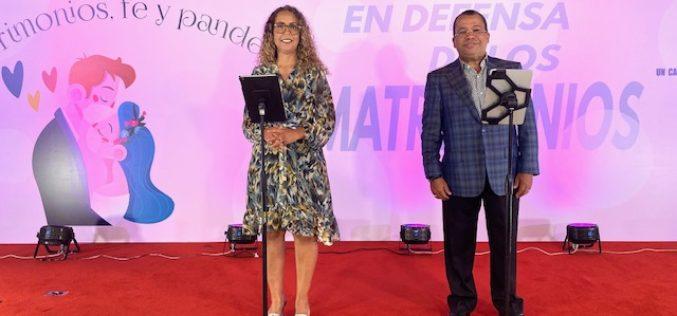 """Zinayda Rodríguez y Euri Cabral: """"En esta pandemia matrimonios deben manejar las diferencias poniendo a Dios en el centro"""""""
